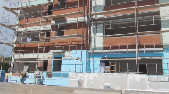 Εξωτερικής Θερμομόνωσης KELYFOS σε Τριώροφη Οικοδομή